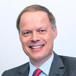 Dr. Gerrit Hartung